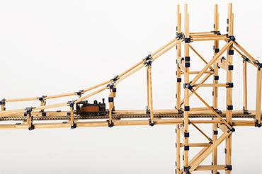 jeu en bois tomtect avec pont en construction